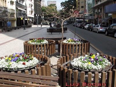Mobiliario urbano sencillo y efectivo